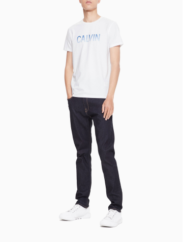 男士新款LOGO圆领短袖T恤 J312677